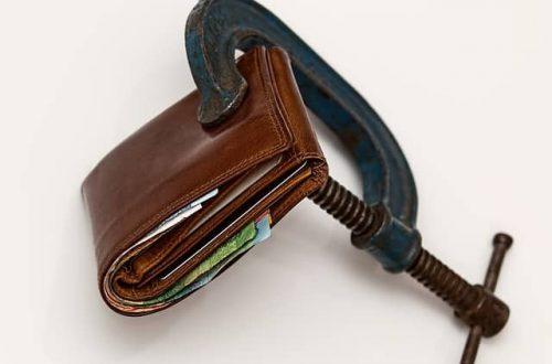Nečakané výdavky môžu zatemniť žiadateľom o pôžičku mozog. Najskôr je potrebné premýšľať a následne až konať.