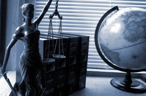 O advokáta si môžete požiadať zadarmo. Má to však háčik, ohľadom financií!
