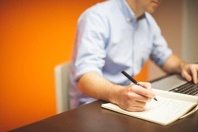 Skúsení finanční poradcovia vám zvládnu ušetriť nemalé finančné prostriedky