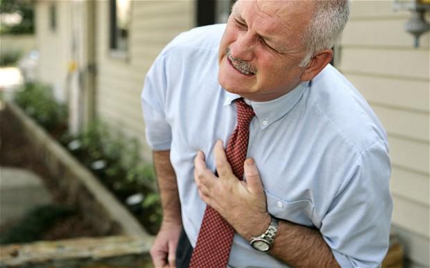 Ako na infarkt? Kašľanie vám môže zachrániť život
