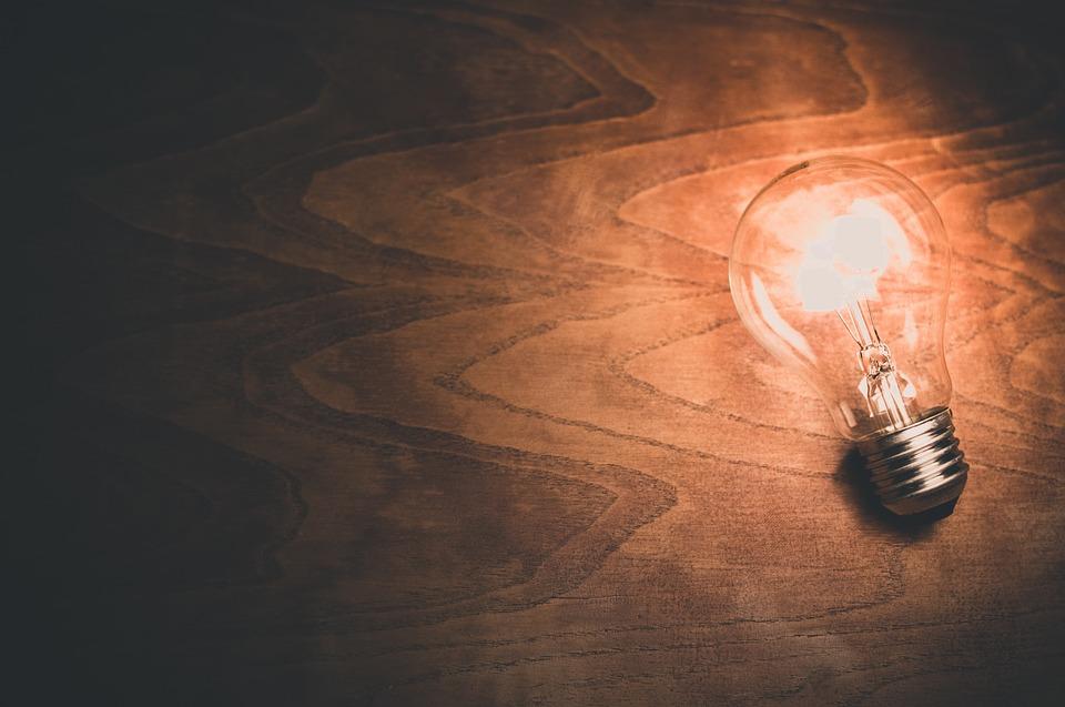 Tipy, ako ušetriť na elektrine